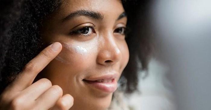 Sữa dưỡng ẩm tốt cung cấp dưỡng chất cho da