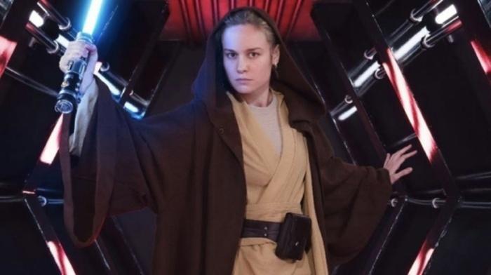 Ảnh của Brie khi cô mặc bộ trang phục của Jedi